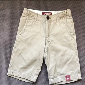 New Tan Arizona chino short